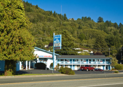 Harbor Inn Motel is the perfect choice for active and relaxed vacationers
